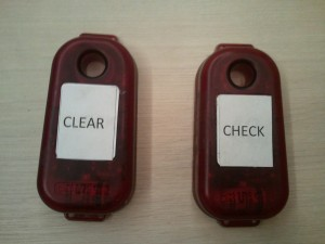 Puszka CLEAR i CHECK